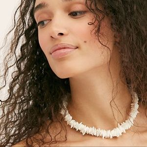 Free People White Hawaiian Tropics Shell Necklace